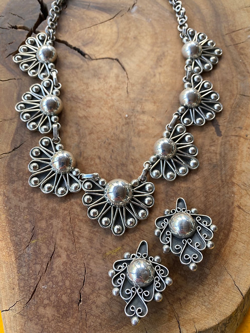Vintage Taxco Sterling Silver Necklace and Clip Earring Set
