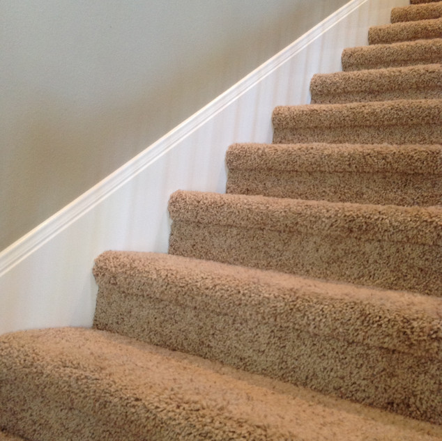 Stair skirt scribed
