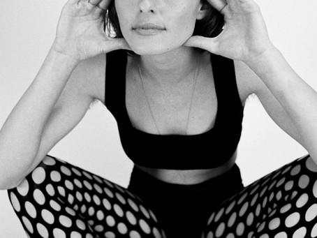 REVIEW: Agnes Azria - 'Daydreams'