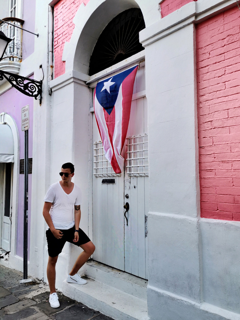 Old Town San Juan, Visual Story