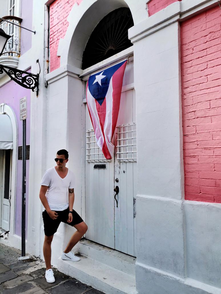 Old Town San Juan, Visual Story