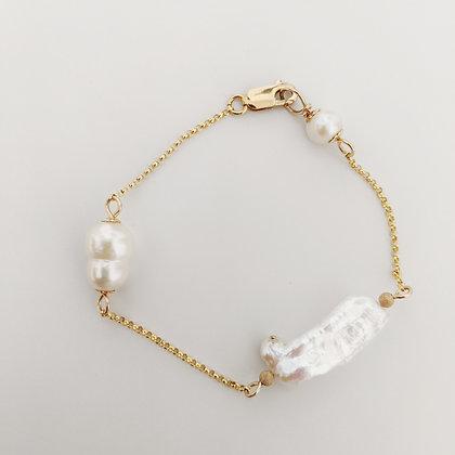 Keshi Bracelet