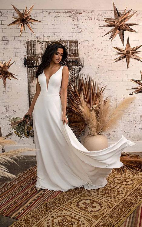 tess all who wonder bridal studio plain vneck boho