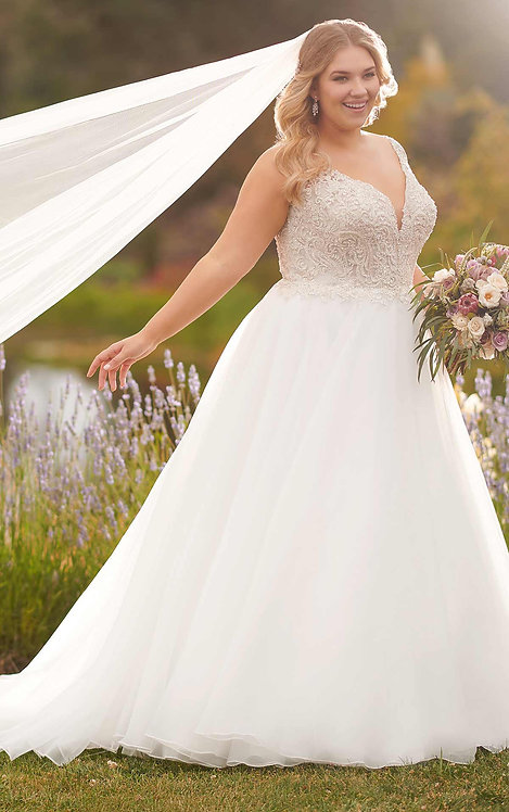 ball gown, sparkles, essense, lori, bridal studio