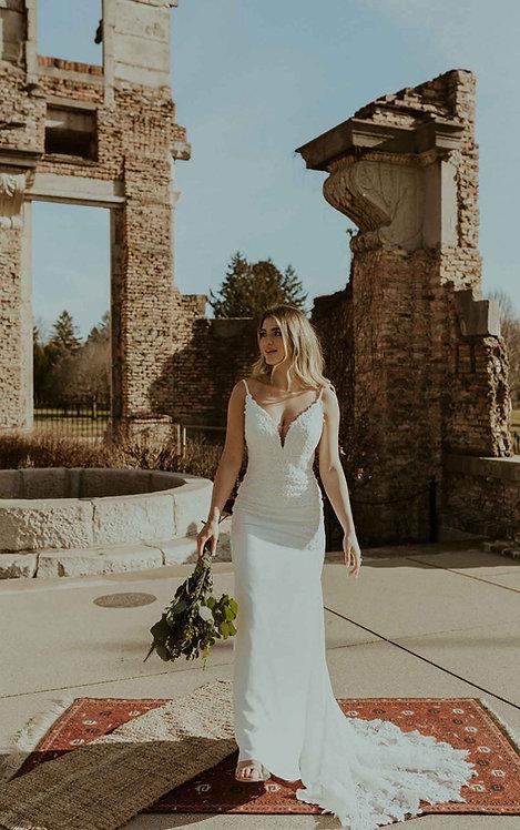candice stella york bridal studio vneck lace crepe train