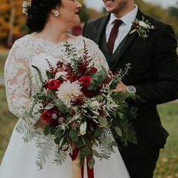 These two lovebird's fall wedding  _cool