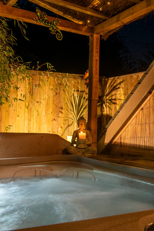 Quantock Cottage's in Somerset are 3 privately owned romantic luxury dog friendly cottages each of which has an enclosed garden, covered hot tub and outside bar