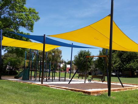 囲いのあるプレイグラウンド ②Holyrood Park, West Leederville