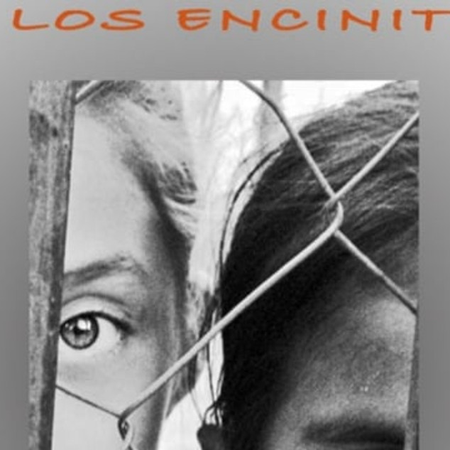 Behind the Lines in Los Encinitos