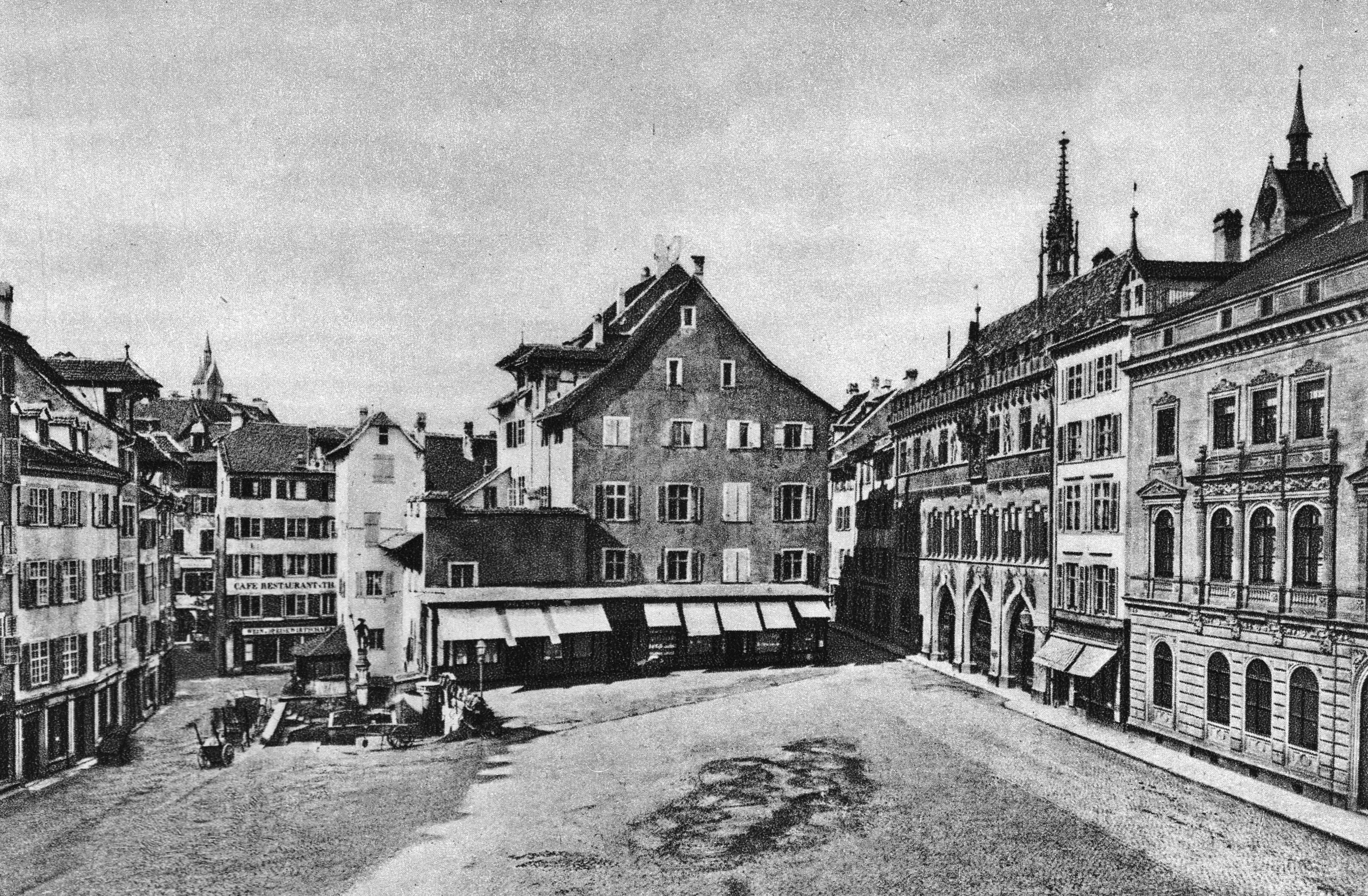 Der Marktplatz um 1870