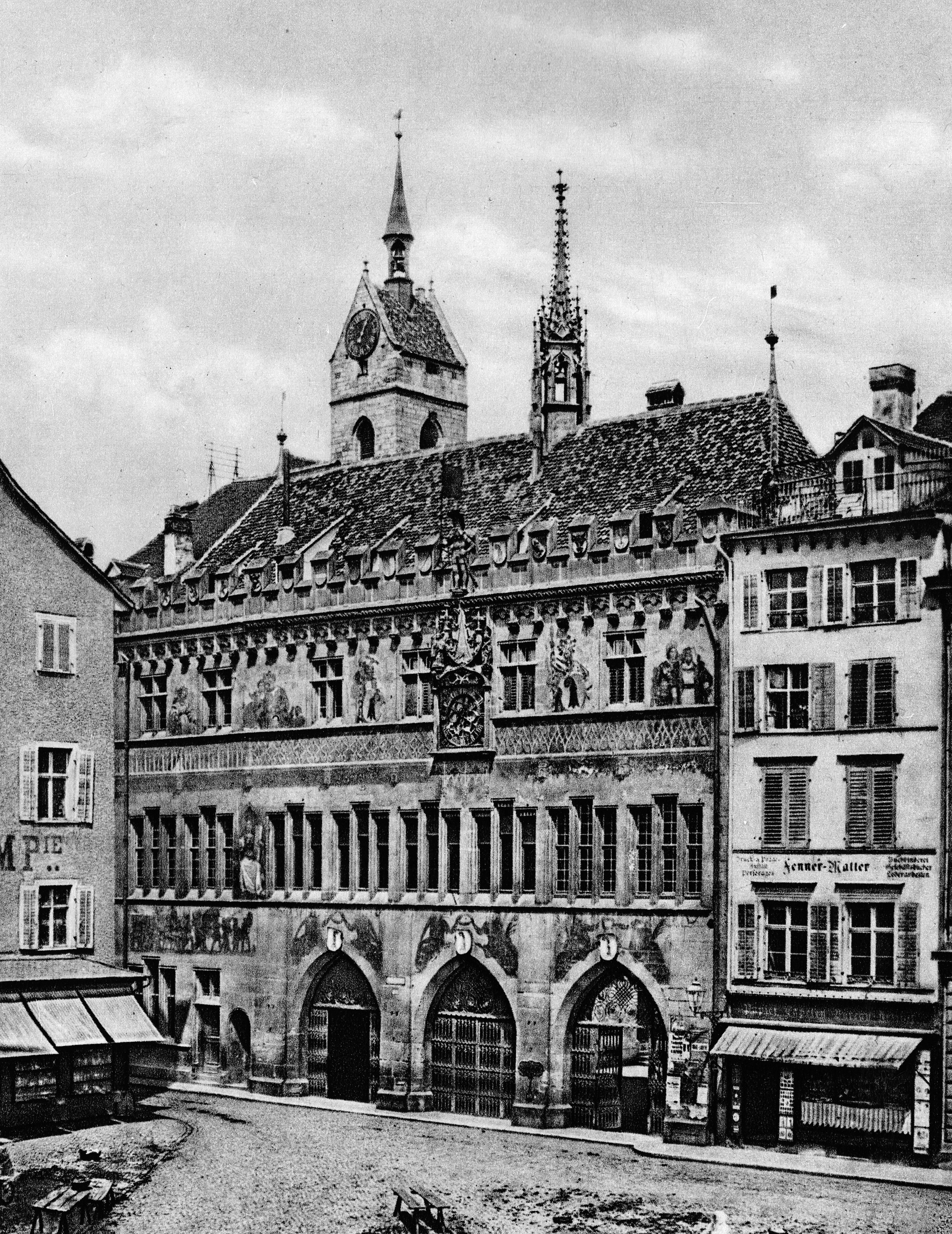 Das Rathaus am Marktplatz um 1870