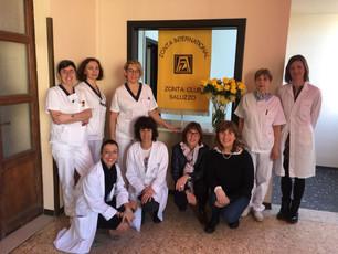 Zonta Club: rose gialle alle pazienti del reparto oncologico