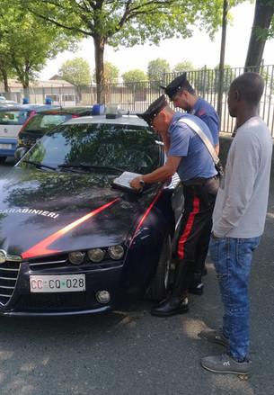 Apertura del Pas al Foro Boario: i Carabinieri identificano circa 230 stranieri in cerca di lavoro s