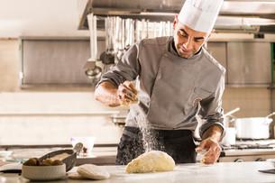 """""""A Cena con il Cuoco"""": lunedì 16 settembre nuovo appuntamento al ristorante """"Casa Pellico"""" di Saluzz"""