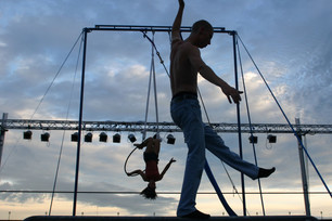 Cirko Vertigo a Effetto Notte sabato 1° giugno: si apre l'Estate Saluzzese