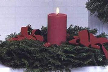 "G. 16"" table wreath with Candle"