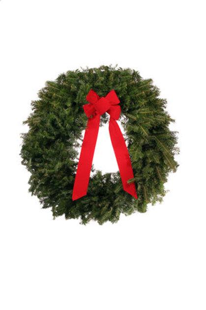 """D. 25"""" Classic II Wreath"""