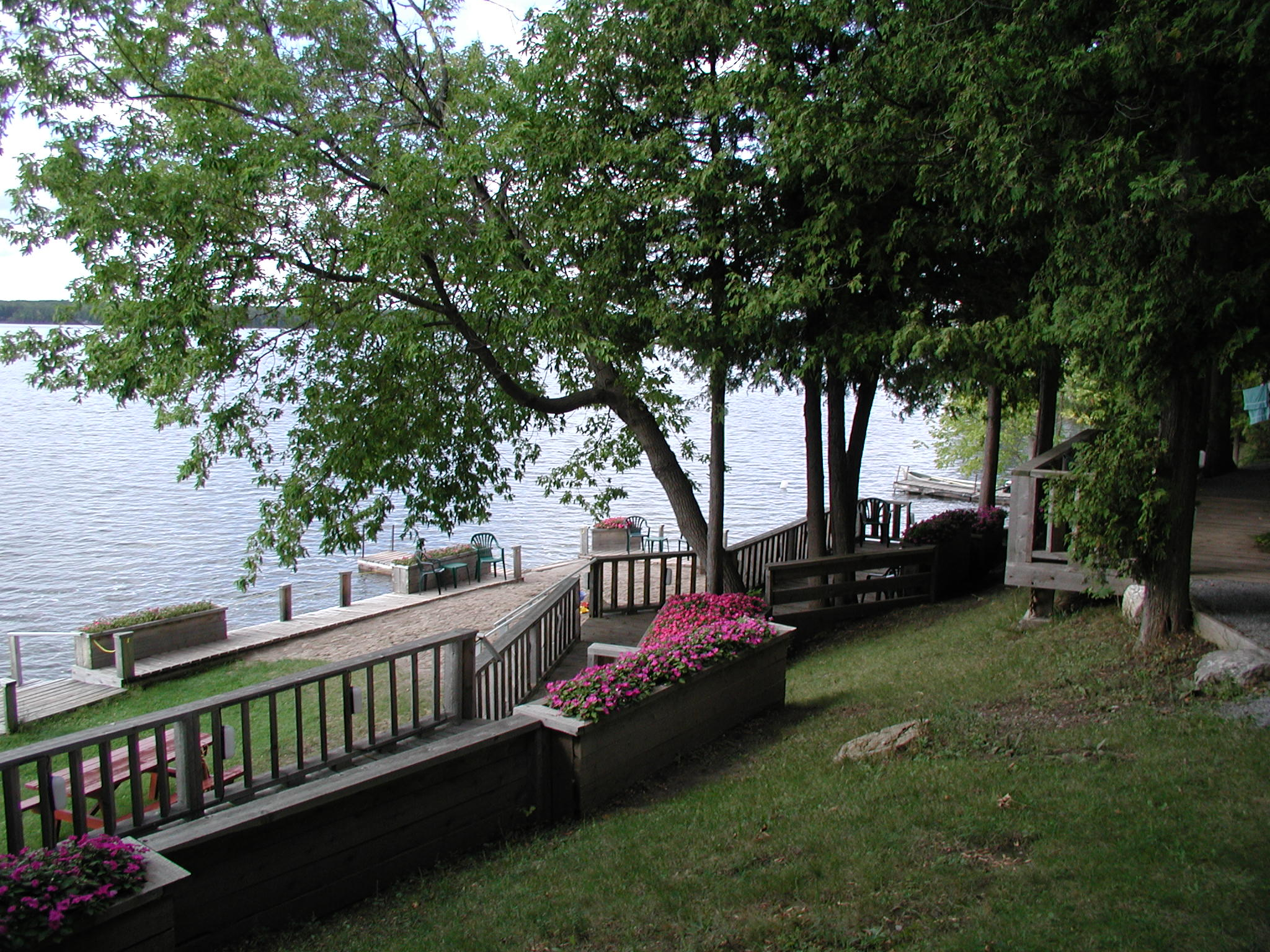 #5 Cottage upper deck