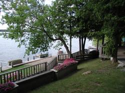 #5 Cottage upper deck