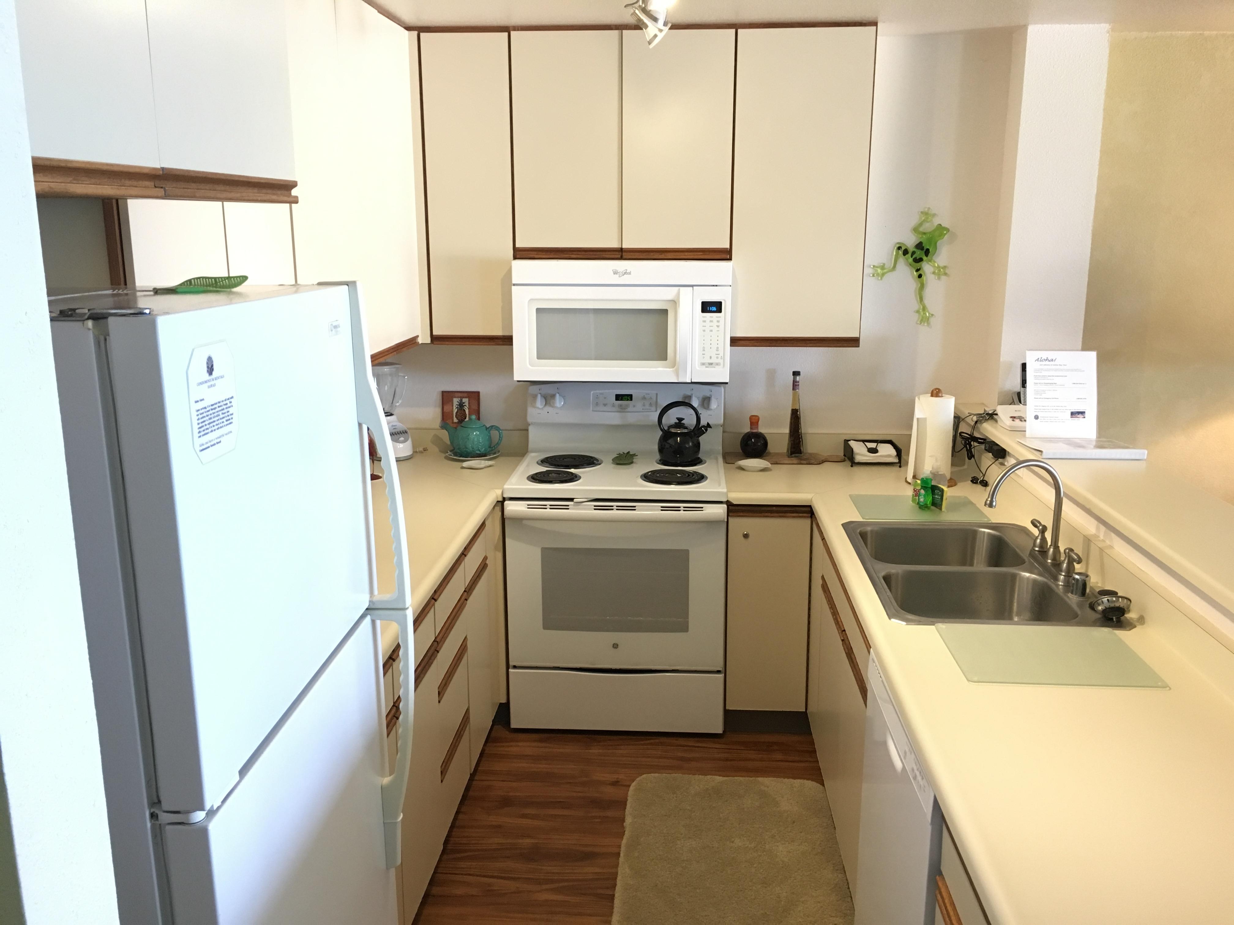 Kitchen - Condo 304
