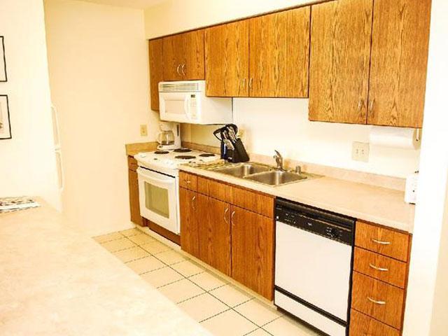 Kitchen - Condo 307