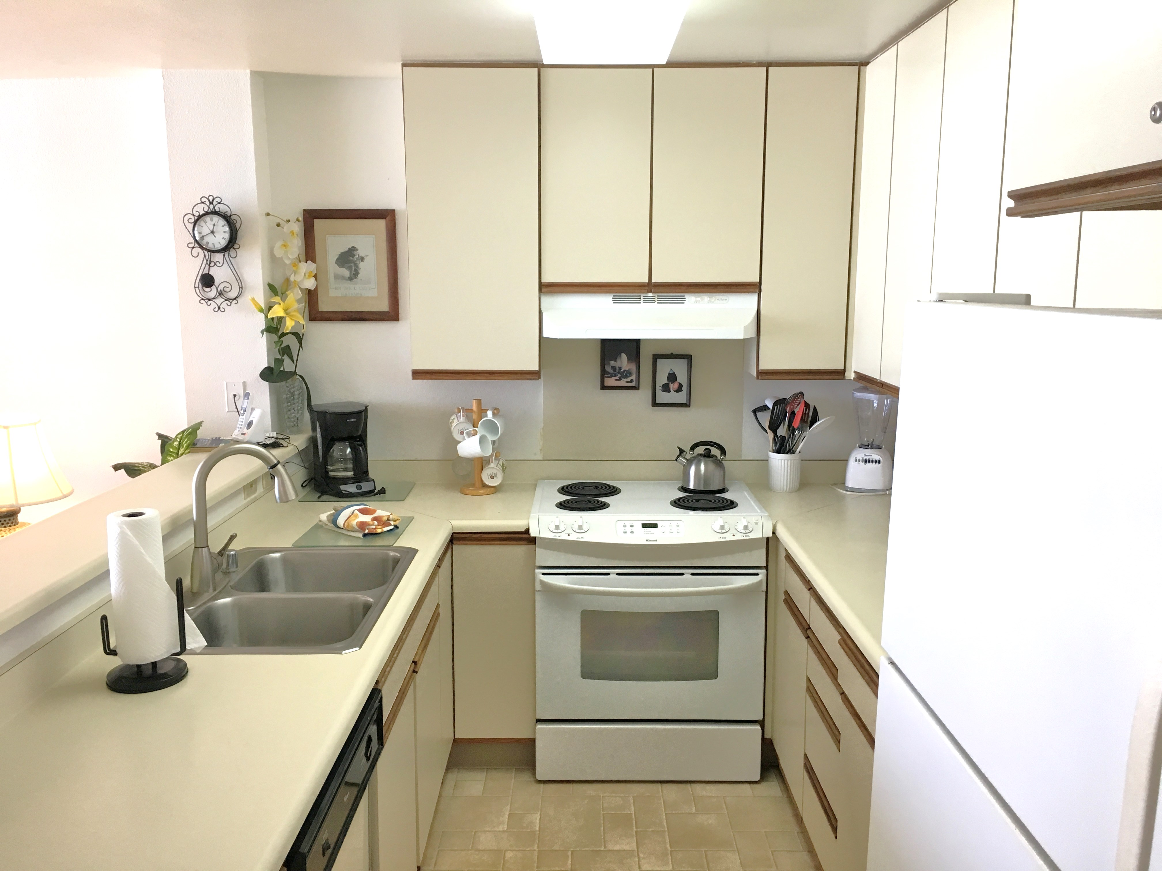 Kitchen in Wailua Bay View vacation rental