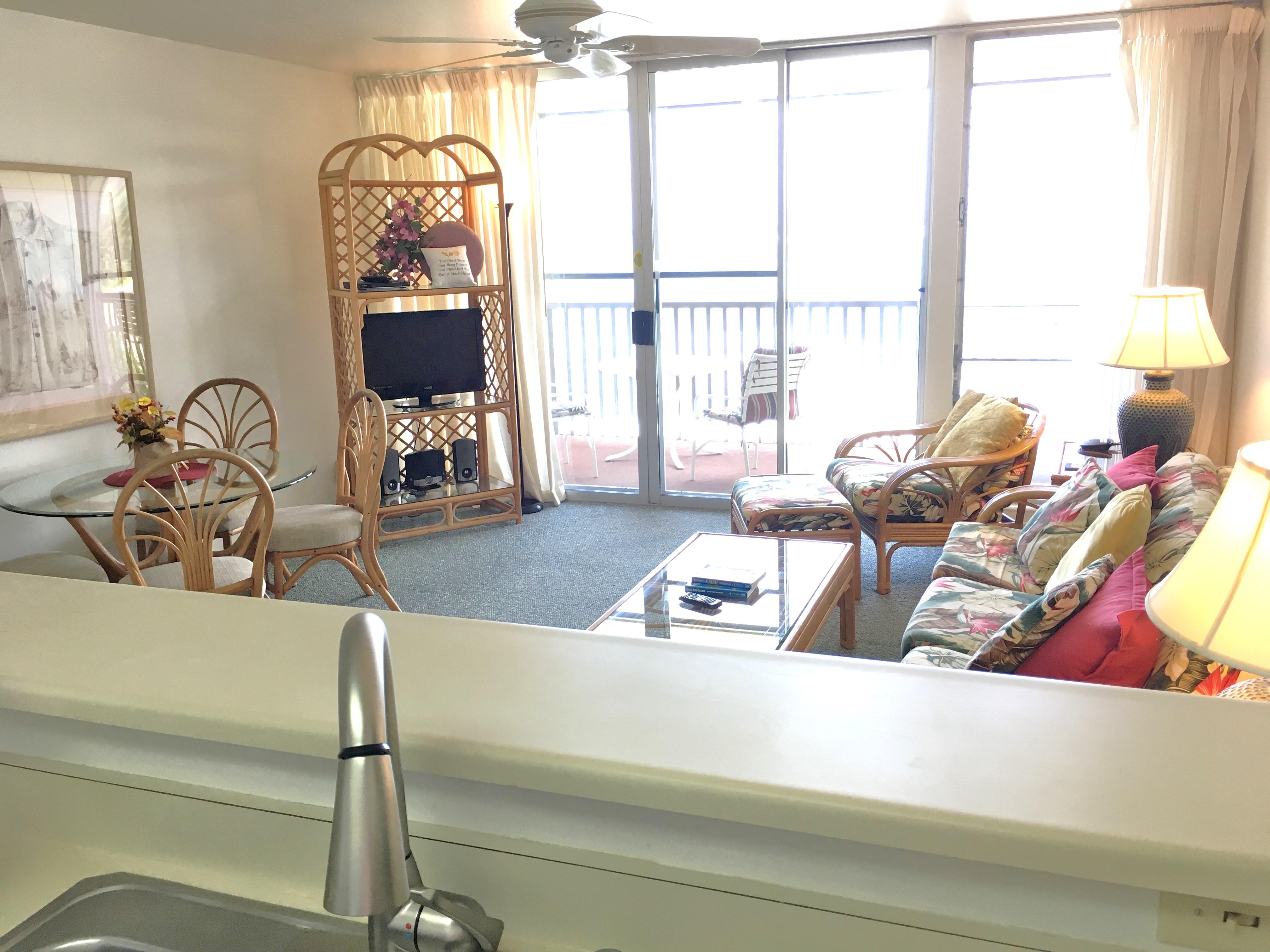 Living room at Wailua Bay View