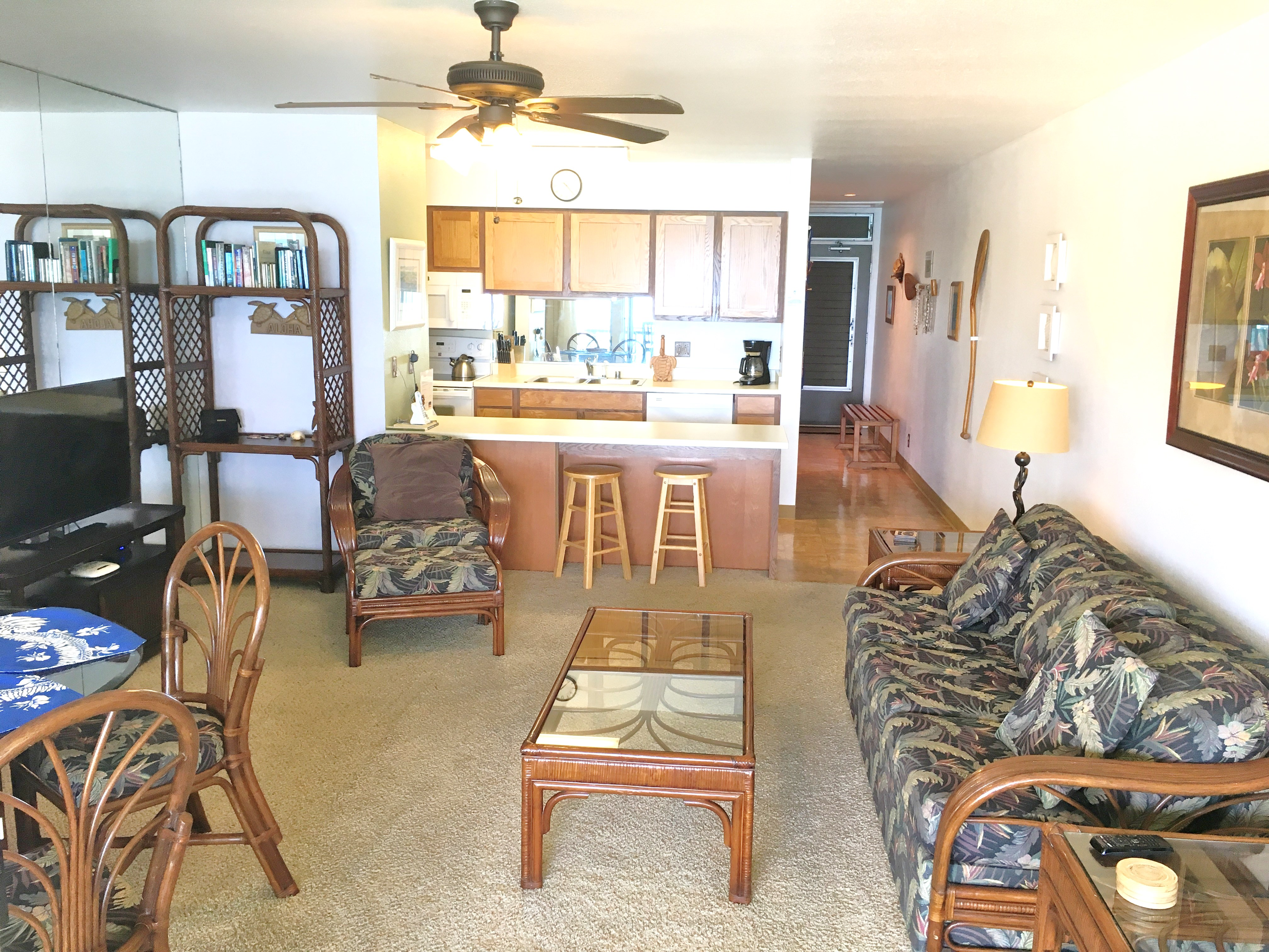 Living Room at Wailua Bay View #305