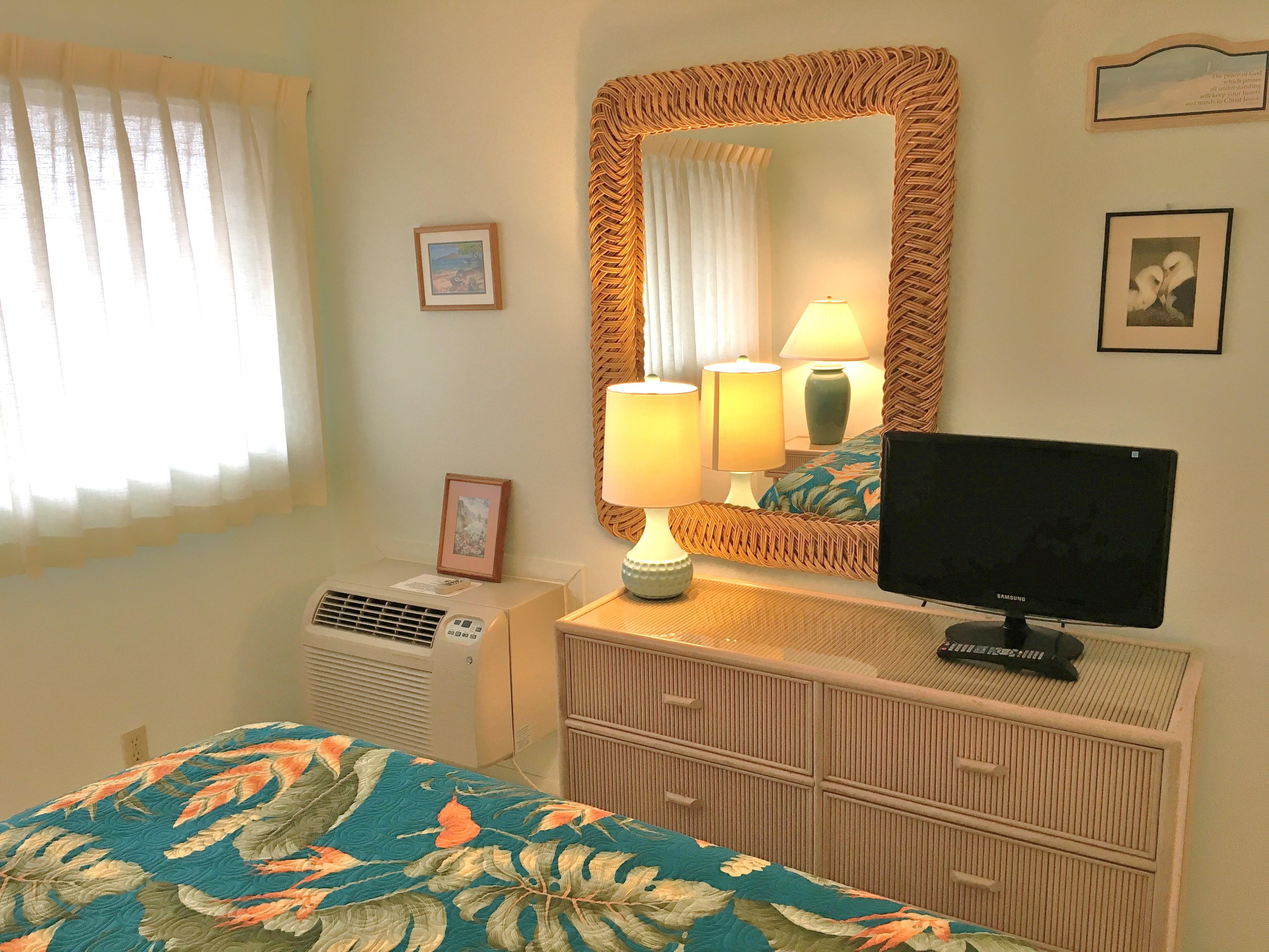 Wailua Bay View Bedroom TV