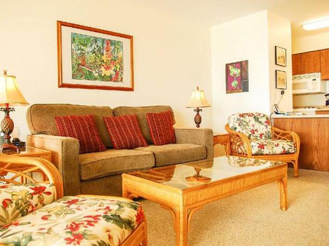 Living Room - Condo 307
