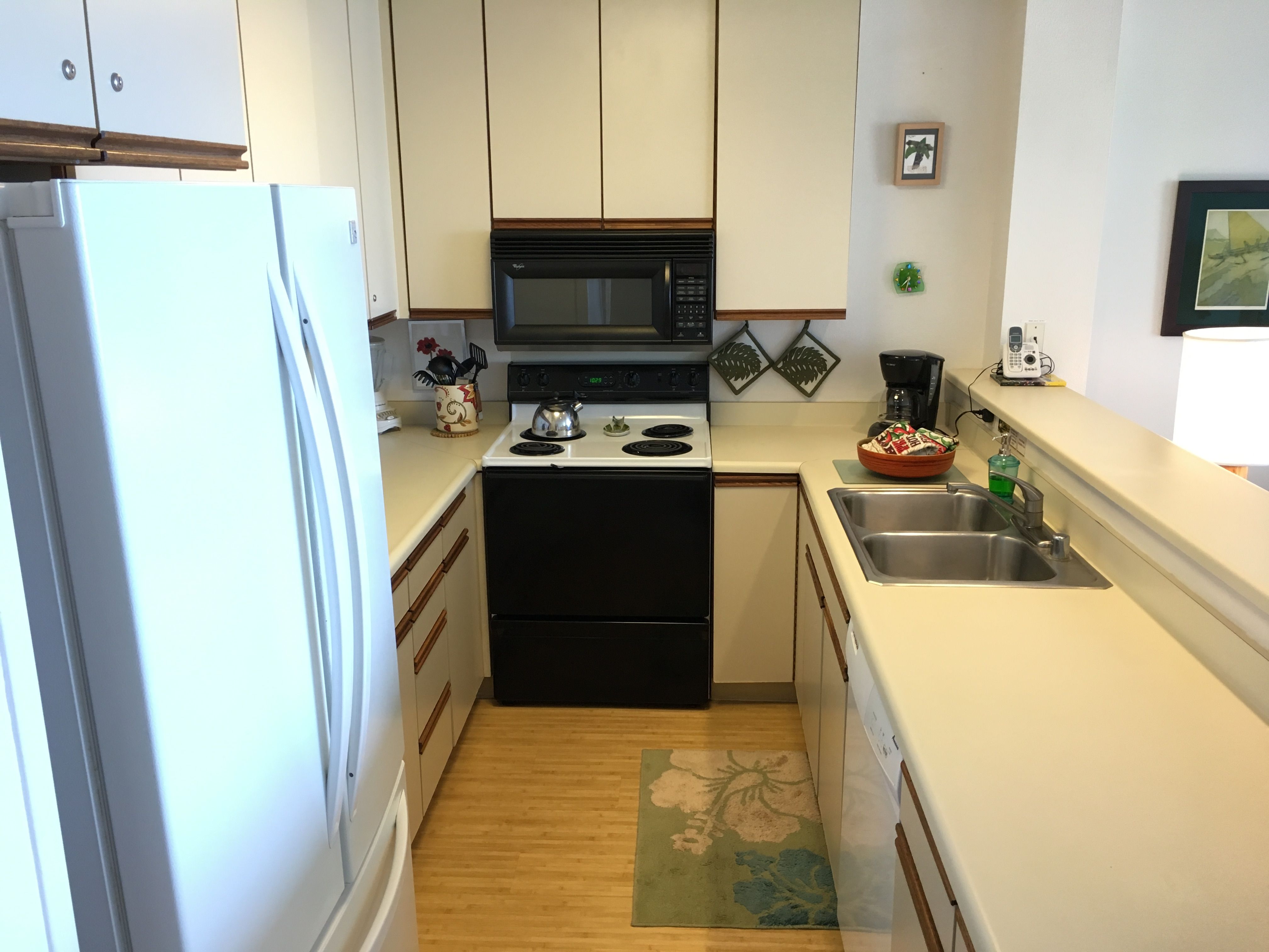 Full kitchen in Wailua Vacation Rental