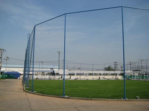รั้วตาข่าย ประยุกต์ใช้งานสำหรับทำสนามกีฬา สนามฟุตบอล สนามบาส - ซีเจ เมทัลลิค