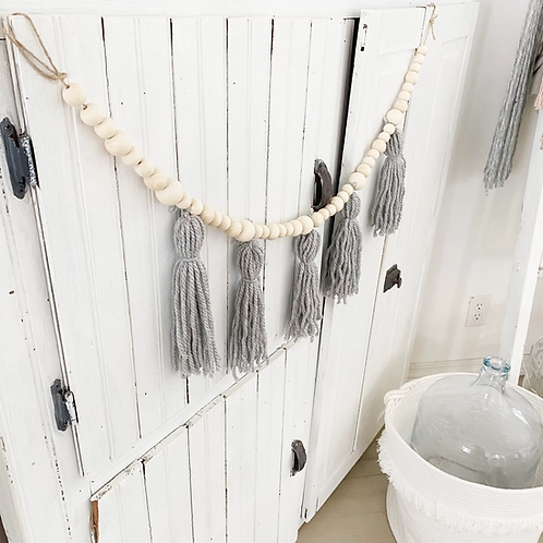 Tassel Garland Grey