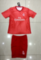Real Madrid rojo 1819.png