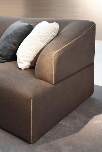 Jesse Zed sofa