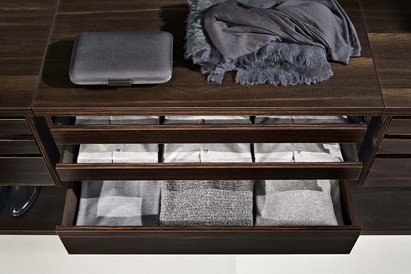 Jesse slim and deep internal drawers