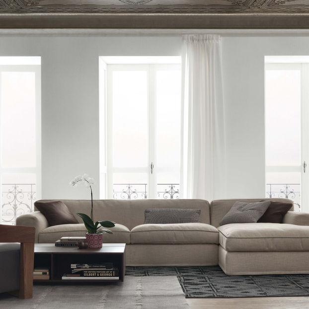 sofas & pouffs