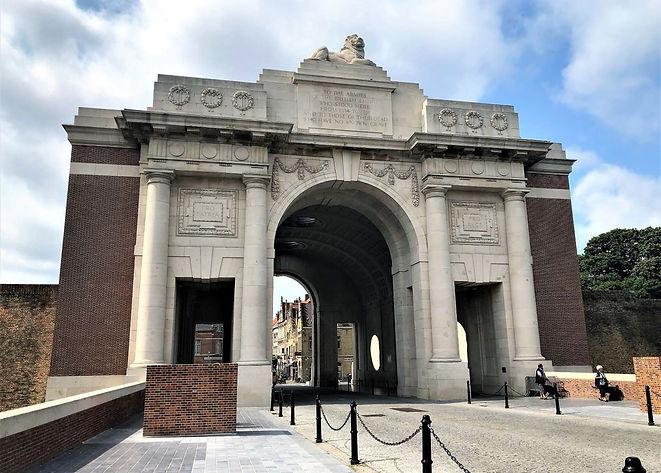 Menin Gate Ypres.jpg