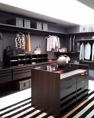 Scenario walk in wardrobe b.jpg