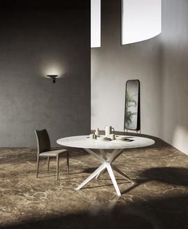 Stern circular table