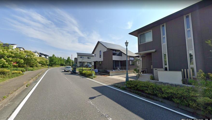 家の前道路.jpg