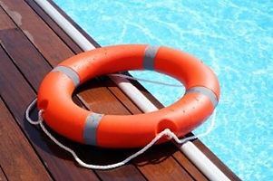 pool-safety_91cb475e29da326a65e259ae5617e5d8_edited_edited.jpg