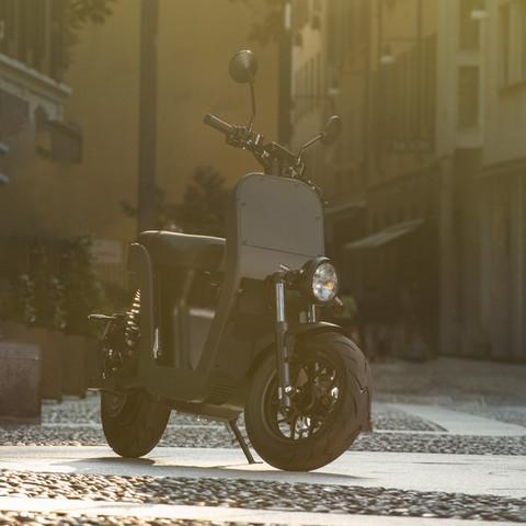 ME-Scooter-Elettrico-Milano-16.jpg