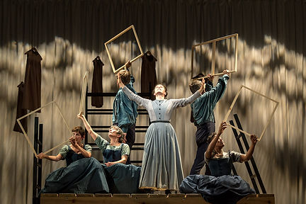 NTL 2015 Jane Eyre - 5. Madeleine Worrall and the Jane Eyre company. Photo by Manuel Harla