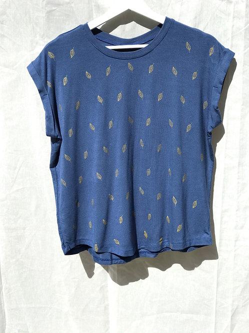 """T-shirt """"Leaf"""""""