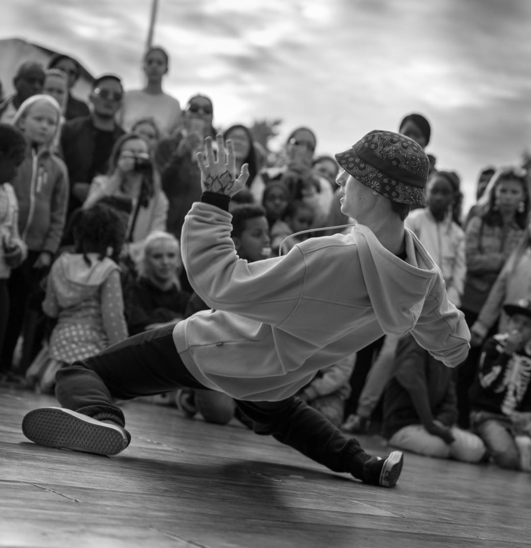 dancer 4cover (1 av 1).jpg