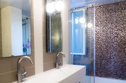 """אמבטיה מעוצבת, דירת 4 חדרים פ""""ת"""