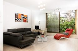 חדר מגורים, דירת 3 חדרים, גבעתיים