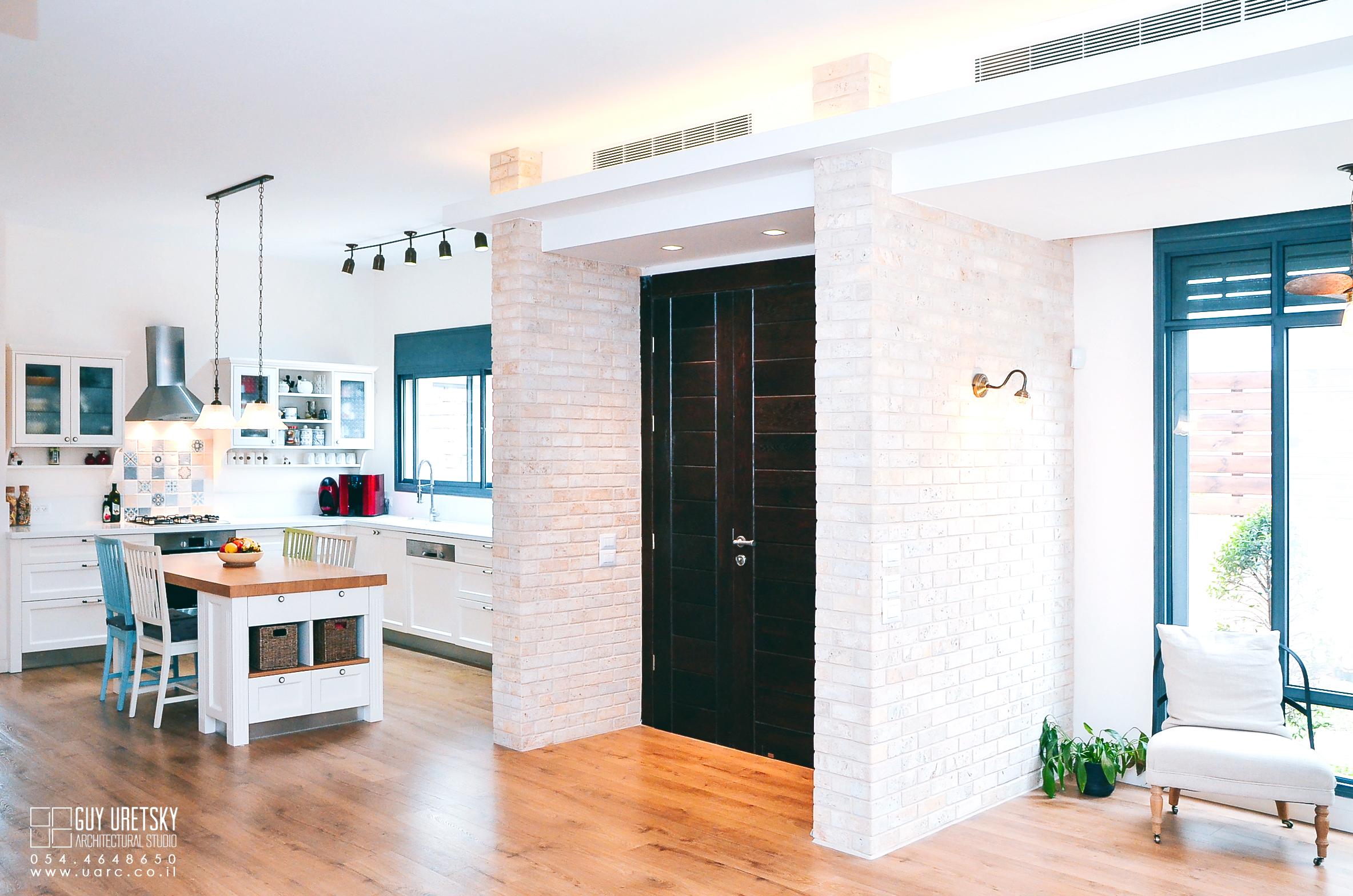 עיצוב בסגנון מודרני, כניסה