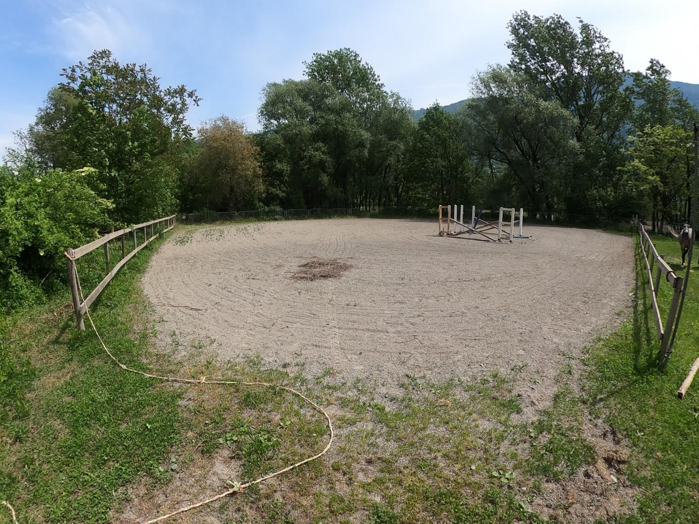 Campo esterno in sabbia